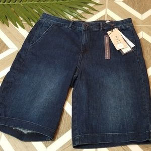 NYDJ Denim Jean Shorts Bermuda Size 6 Stretch Long